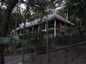 hotels at apoyo crater lake